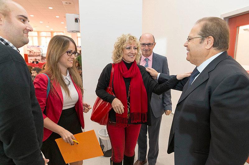 La vicepresidenta inaugurando las jornadas. (FOTO: Miguel López)