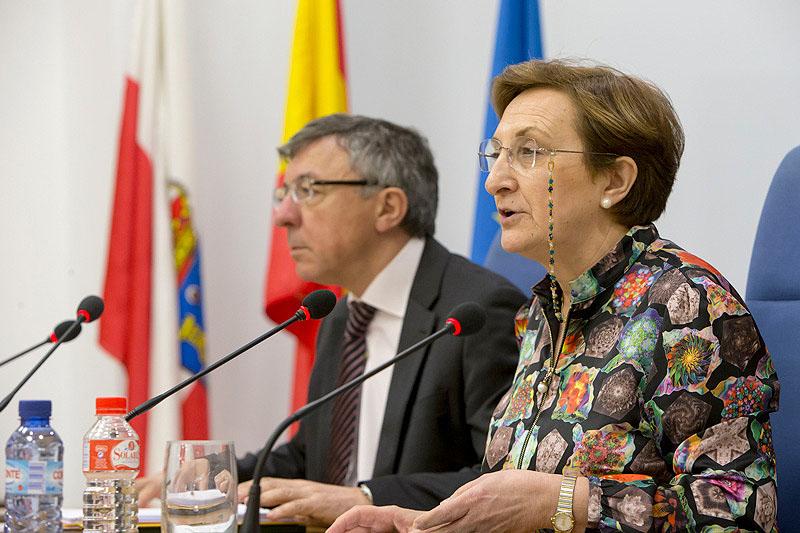La consejera de Sanidad resalta la falta de voluntad política del Gobierno de España en el cumplimiento de la financiación de Valdecilla