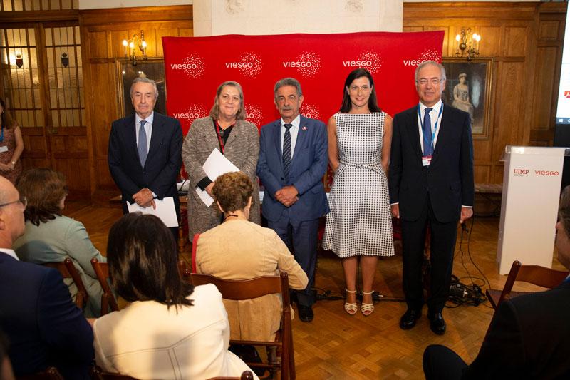 Revilla ve oportunidades para Cantabria en el desarrollo de las energías renovables y afirma que es el