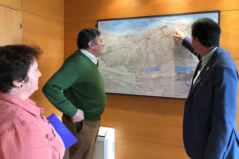Obras Públicas y Ribamontán al Mar estudian varios proyectos para mejorar la seguridad vial del municipio