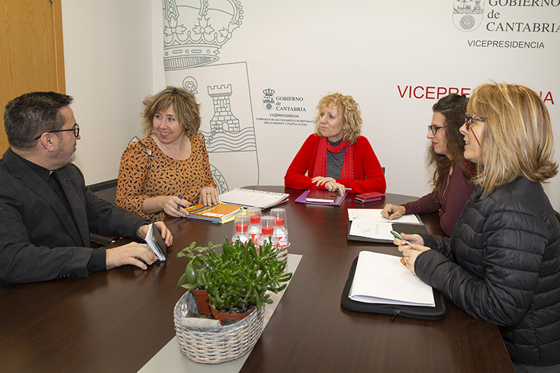 http://www.cantabria.es/documents/16413/7016743/webvicepresidenta_nueva_vida.jpg/6b302592-4da1-3d22-40e4-2b6b0ba9ef12?t=1545819206032