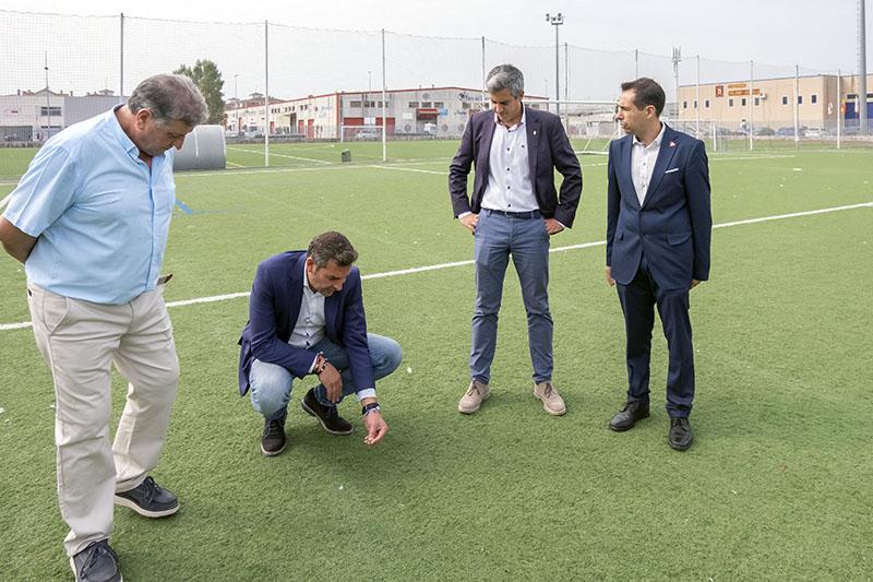 Vicepresidencia invertirá 200.000 euros en la cubierta de las pistas de pádel de Santoña
